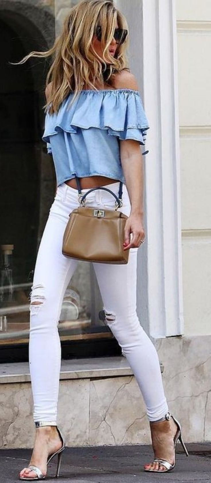 Breathtaking 50 Most Popular Summer and Spring Outfits Ideas 2017 from https://www.fashionetter.com/2017/04/21/50-popular-summer-spring-outfits-ideas-2017/