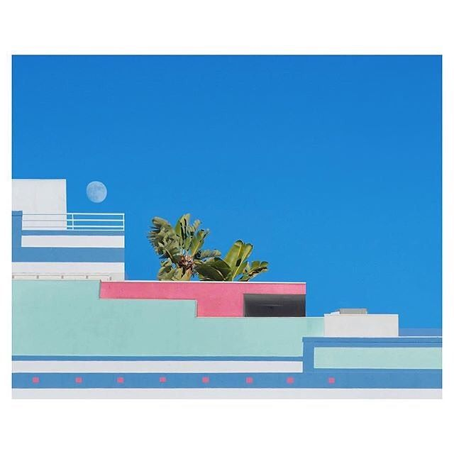 Need this view today!  : @inter_disciplinary  #cool #malibu #vibes #minimalarchy #sky #moon #westcoast #miamibitch #vaporwave #vaporart #aesthetics #minimal #photography #minimalarchy #design #architecture #designlover #archilovers