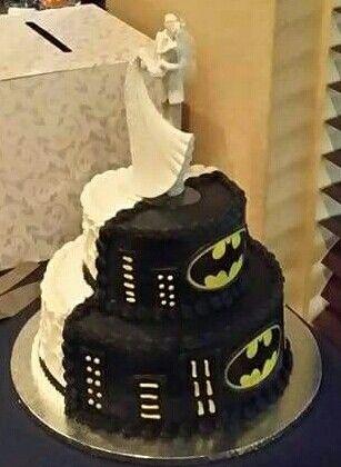 The 25 best Wedding cake half batman ideas on Pinterest Batman