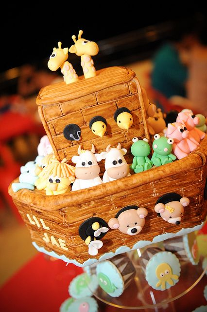 Noah's Ark Cake --- would be cute for a twin baby shower!!