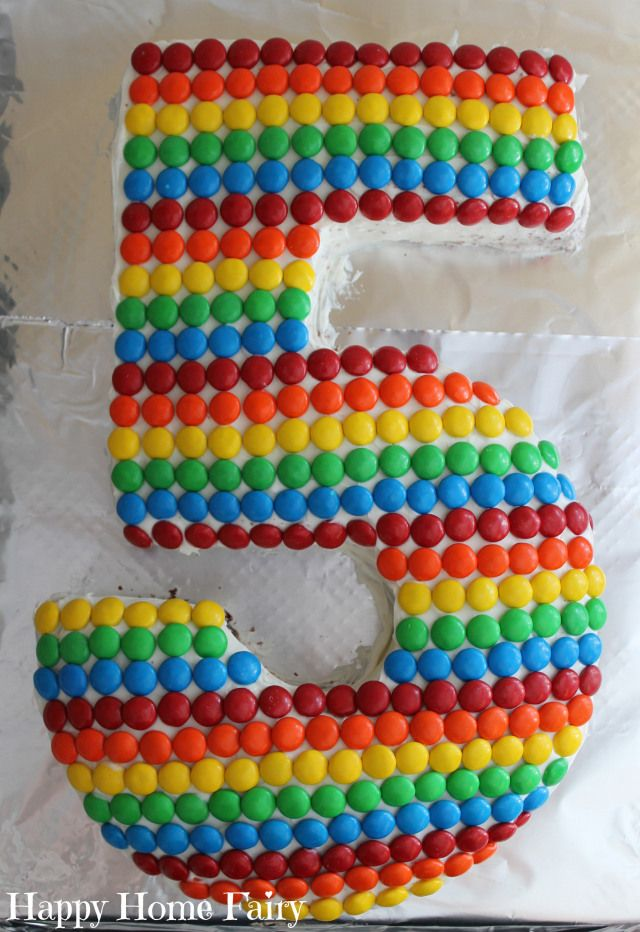 The Happy Buddy turned 5 on the 3rd of July and I really wanted to make him a special birthday cake to celebrate. I almost gave up and called the Publix bakery after looking on Pinterest and seeing...