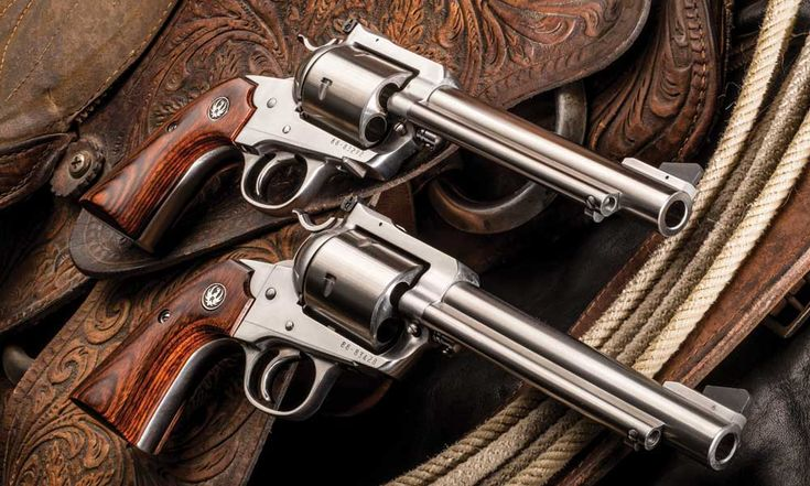 Ruger® Super Blackhawk® revolvers in .454 Casull & .480 Ruger calibers.