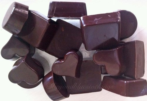 Chocolate with Cacao Butter. Sweetened with stevia and xylitol. Does not need fridge or freezer to keep!