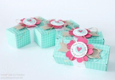 Box Stampin Up Envelope Punch Board Card Box Pillowbox Ein Gruß für alle Fälle Elemenstanzer Eule Stanzer Stiefmütterchen Flower Punch Framelits Famose Fähnchen Leinenfaden