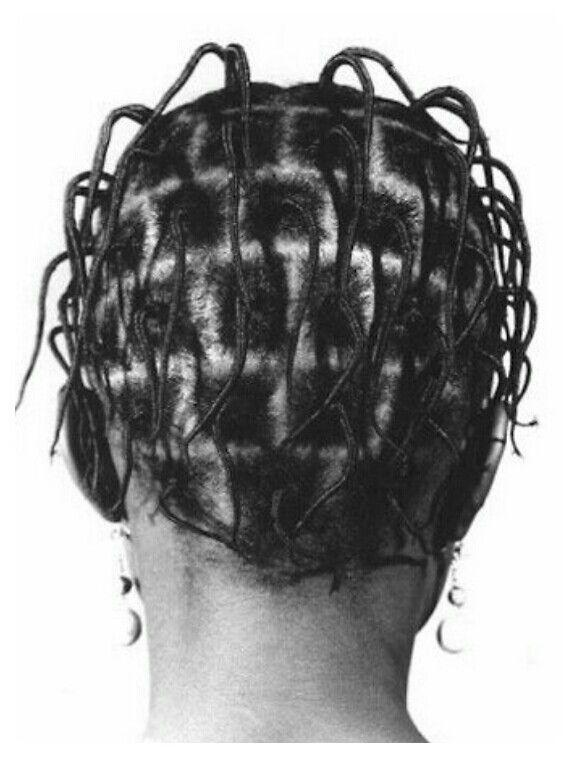 Threaded Nigerian hair style   Photo by J. D. 'Okhai Ojeikere