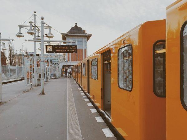 Berlin Metro Warschauer Straße