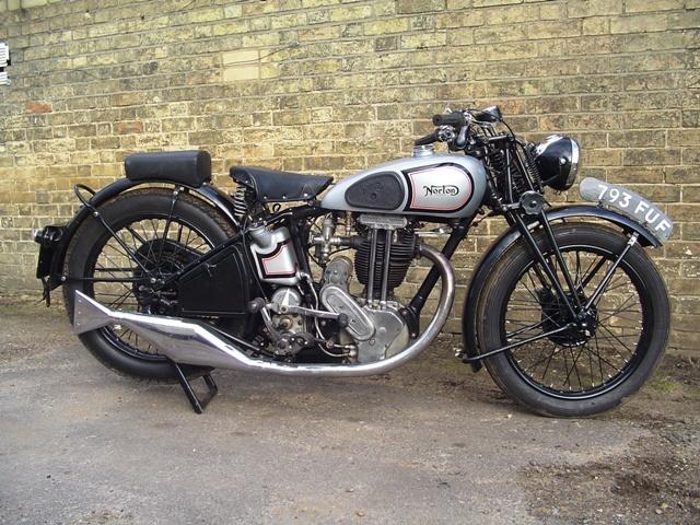 Triumph: Motorcycles, Triumph