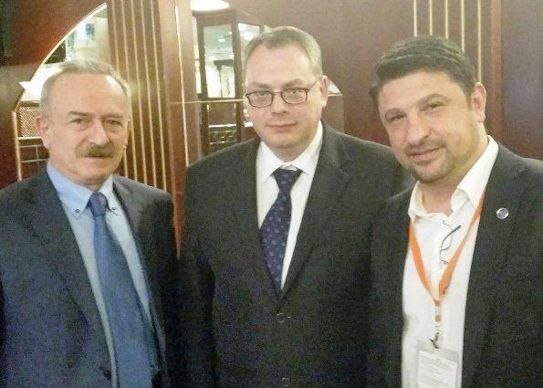 Με τον Γενικό Γραμματέα του Υπουργείου Εξωτερικών και πρώην Υπουργό Τουρισμού της Ομοσπονδιακής Κυβέρνησης της Ρωσίας κο Alexander Radkov στη Μόσχα