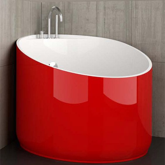 Cool Mini Bathtub Of Fiberglass For Small Spaces | DigsDigs--Dimensions are a little over 3' Dia. x 3.75' D x 2.5' Tall. Not bad for a Tiny House bathroom.