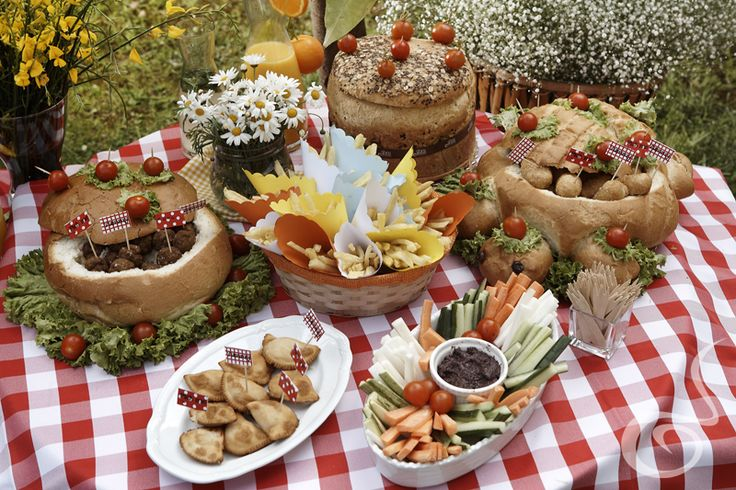 The best #Picnic options by ARIA Fine Catering!