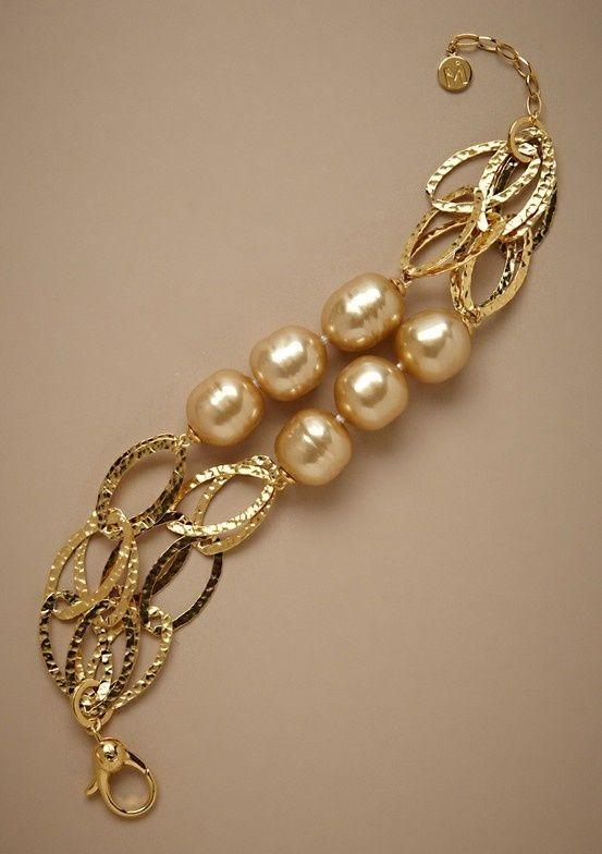 Manilla dorada perlas