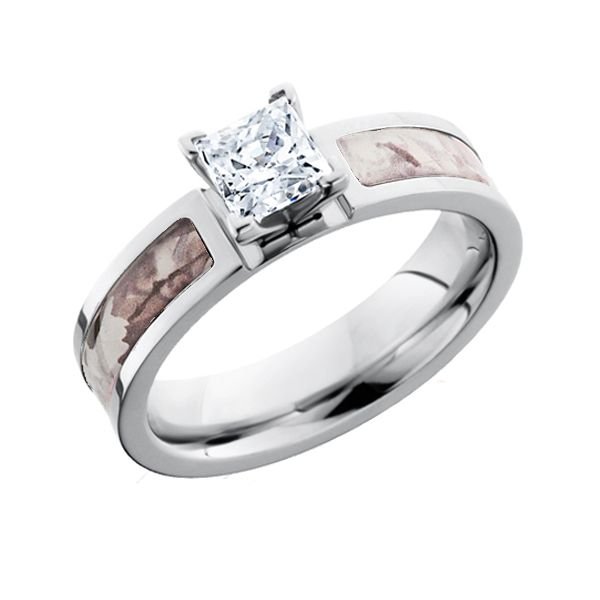Here's the perfect engagement ring to show her how true your love is! This elegant diamond ring with just the right blend of country in it shows how much you know and love her beyond the twinkling stars.