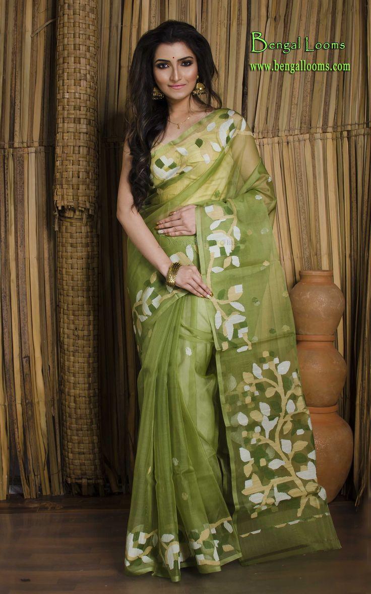 Muslin Jamdani Saree in Green and White