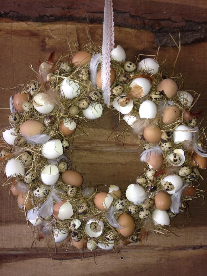 .egg wreath