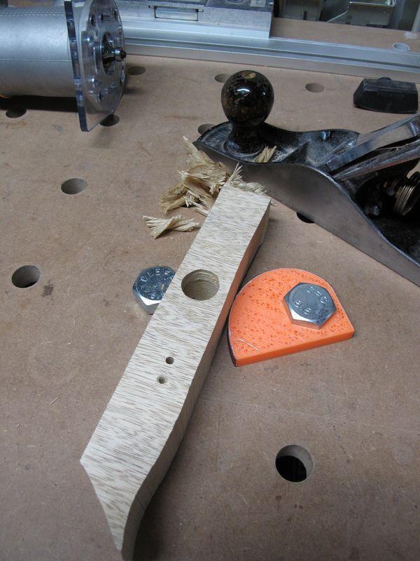 M20 hex bolts = super mft dogs - http://festoolownersgroup.com/festool-jigs-tool-enhancements/m20-hex-bolts-super-mft-dogs/