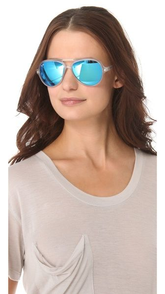 must have these ray-ban blue mirrored aviator sunglasses.