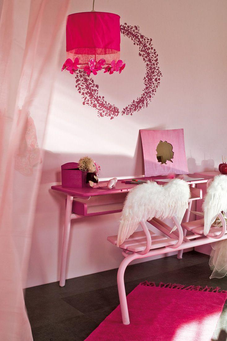 d cos pour une chambre de petite fille. Black Bedroom Furniture Sets. Home Design Ideas