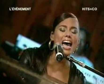 Alicia Keys - If I Ain't Got You, A Woman's Worth & Fallin (Live and absolutely amazing!)