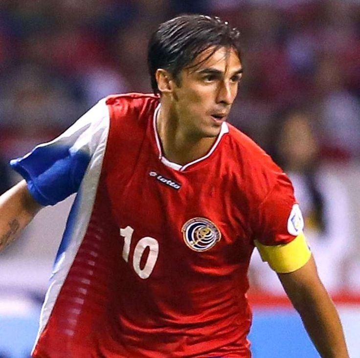 Bryan Ruiz - Costa Rica - leftfooted