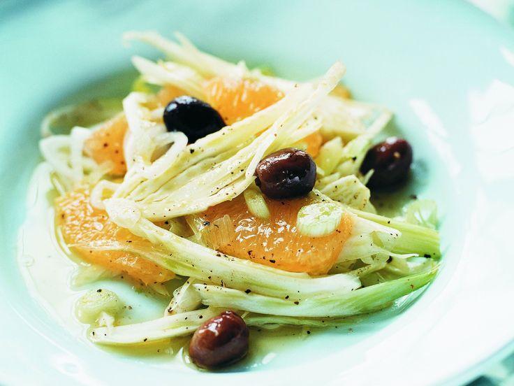 Apelsin- och fänkålssallad med mangovinägrett | Recept från Köket.se