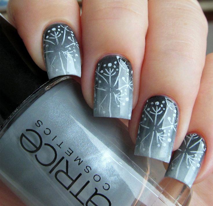 снежинки на ногтях фото 14