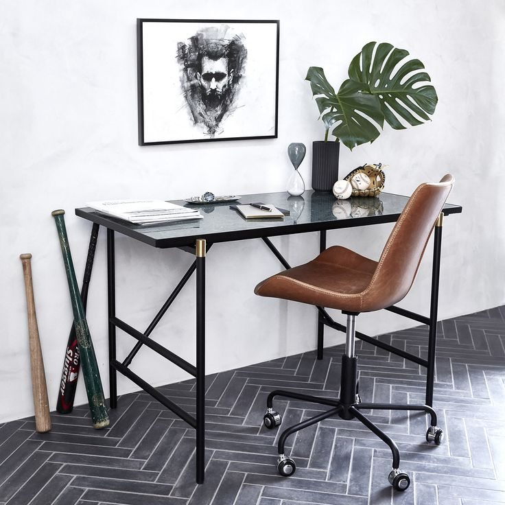 The MOOD desk with a green marble slate and HYPE office chair makes for a stylish home office.
