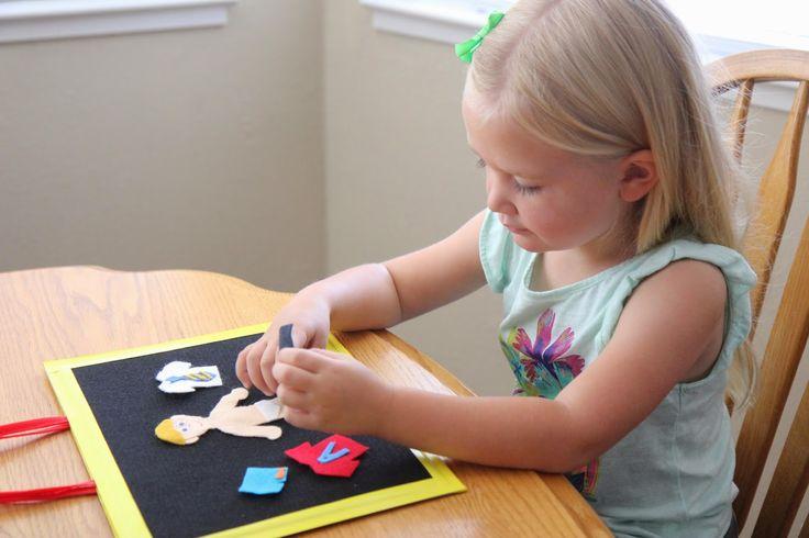 17 Best ideas about Toddler Quiet Books on Pinterest ...