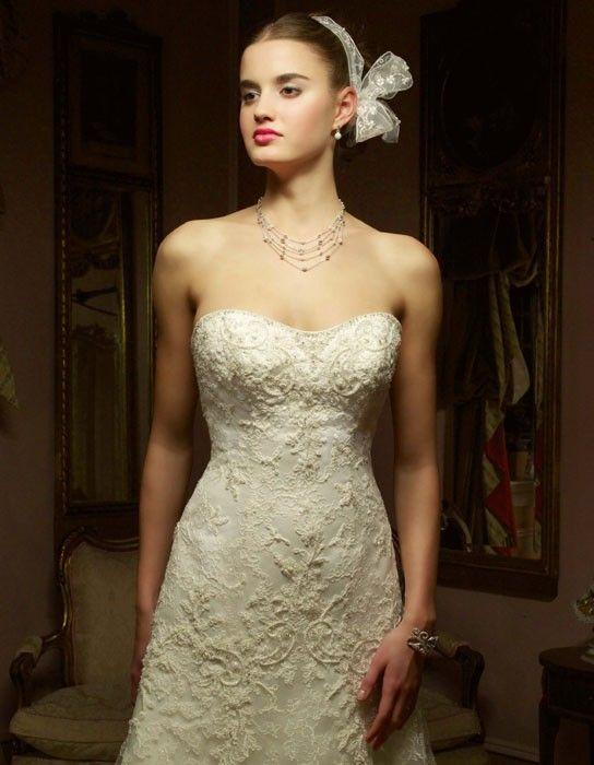 Casablanca 1827 Wedding Dress On Tradesy Weddings Formerly Recycled Bride The Worlds Largest