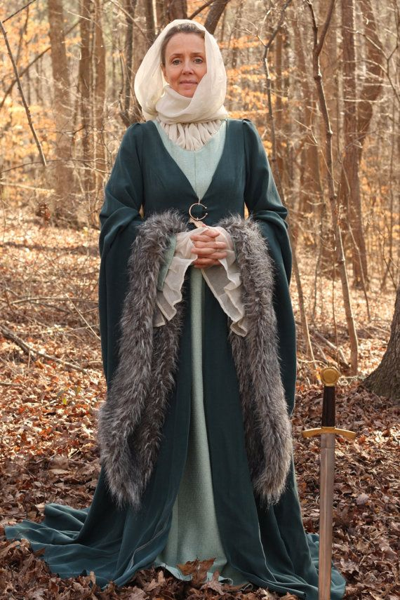 Catelyn Stark Costume - Game of Thrones available from wizardsandmuggles on etsy.com