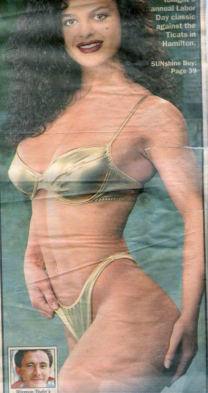 Bikini Jente Arkiver