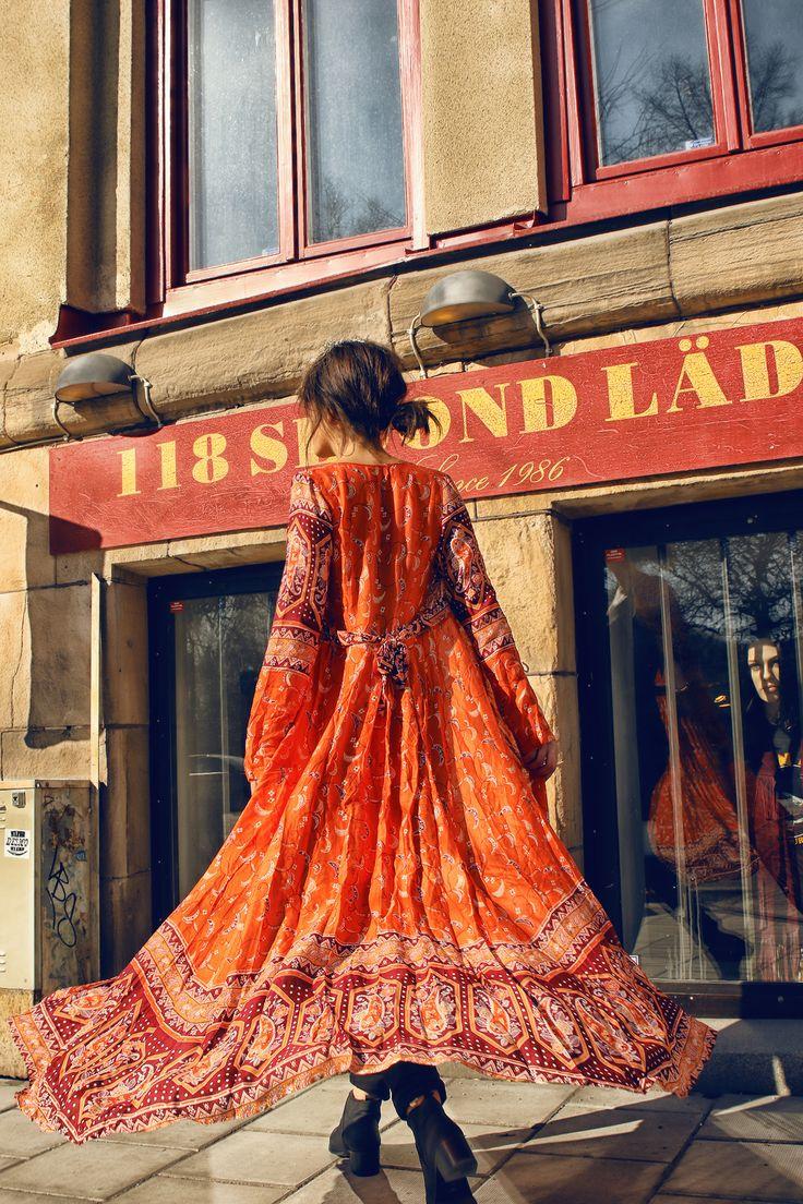 285 best bohemian girls images on pinterest beauty boho fashion and flower crowns. Black Bedroom Furniture Sets. Home Design Ideas