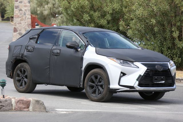 Be sure that the new 2018 Lexus RX 350L will be one of the most popular SUV for the upcoming 2018-year market because three-row SUVs are what's starting to be way more popular.