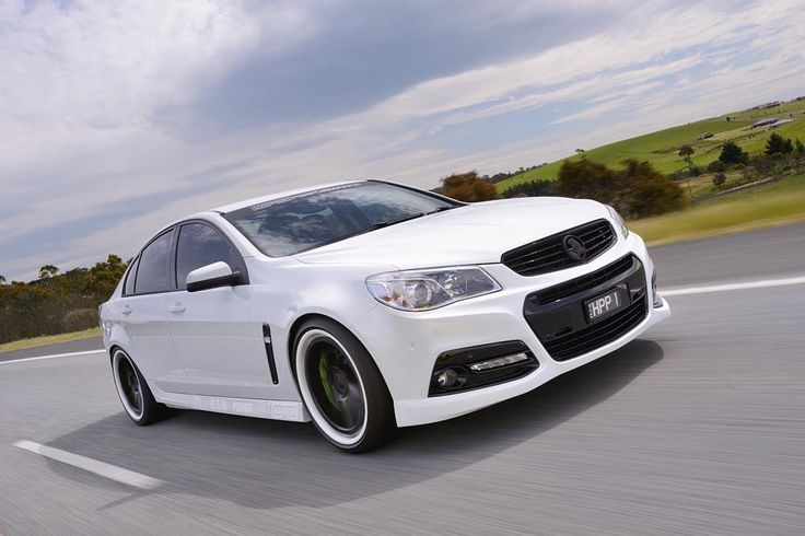 Harrop Engineering VF Commodore with Green Brake Calipers