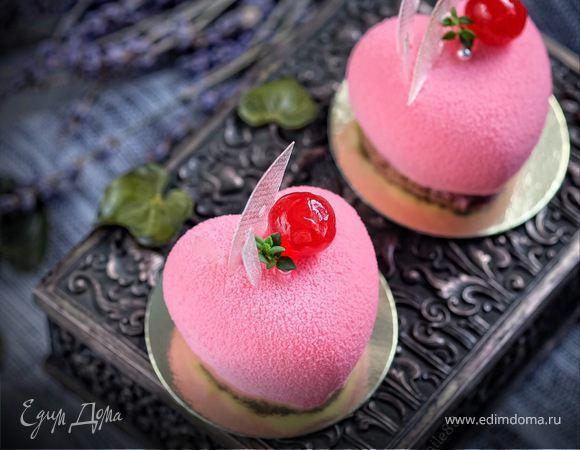 Я в последнее время увлеклась современными десертами. Это муссовые торты и пирожные с разнообразием фруктово-ягодных начинок и невероятно красивым декором. Несмотря на кажущуюся сложность, такие пи...
