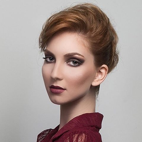 #shooting #model @ruedesmodeles #makeupbyme #makeupaddict #neutrals #eyeshadow #maccosmetics #urbandecay  #portrait @horiastan