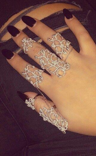 Hand chain rings @eyelavish