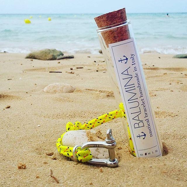 Come si fa a non amare il mare d'inverno?  Qui puoi acquistare la collezione bracciali grillo --> www.balumina.com