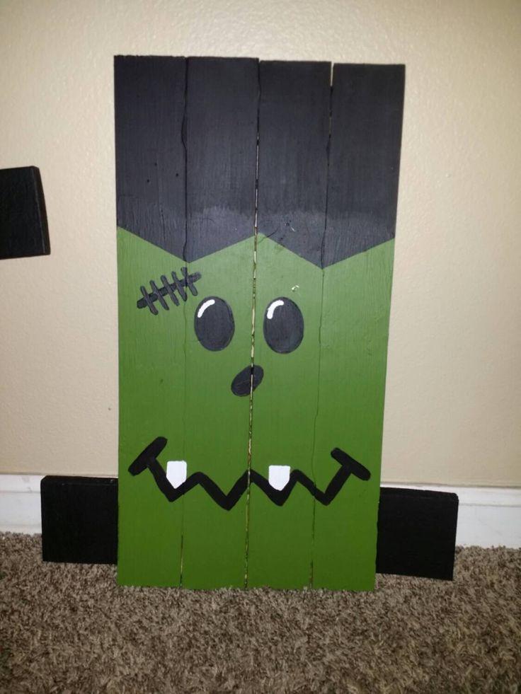 Frankenstein Halloween Pallet sign. Front yard Decoration. Fall or Autumn Decor. Woodwork. by KaleisKraftKorner on Etsy https://www.etsy.com/listing/251782948/frankenstein-halloween-pallet-sign-front