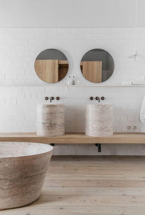 Minimalistisches Bad Gestaltet Von Alessandro Du0027Orazio And Jannicke Krakvik  / Interior * Minimalismus By LEUCHTEND GRAU