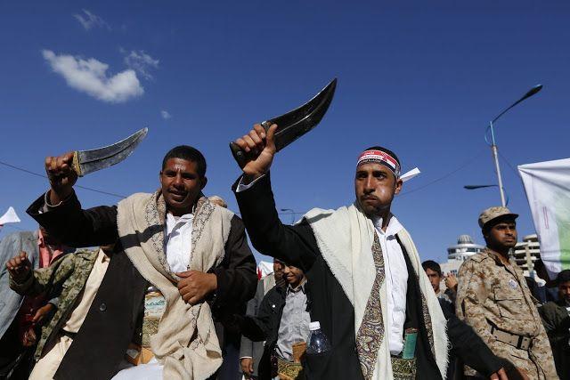 Houthi langgar HAM sipil Yaman  Ilustrasi militan Syi'ah Houthi di ibukota Sana'a  Milisi Syi'ah Houthi dan loyalis mantan diktator Abdullah Saleh melakukan pelanggaran terhadap rakyat Yaman ungkap Koalisi Pemantau Pelanggaran Hak Asasi Manusia Yaman (YCMHR) dalam laporan tahunan. Pelanggaran ini termasuk penangkapan sewenang-wenang dan penculikan warga sipil antara 1 Januari hingga 31 Desember 2016. Laporan ini mendokumentasikan 5092 kasus pelanggaran. 4882 diantaranya adalah penangkapan…