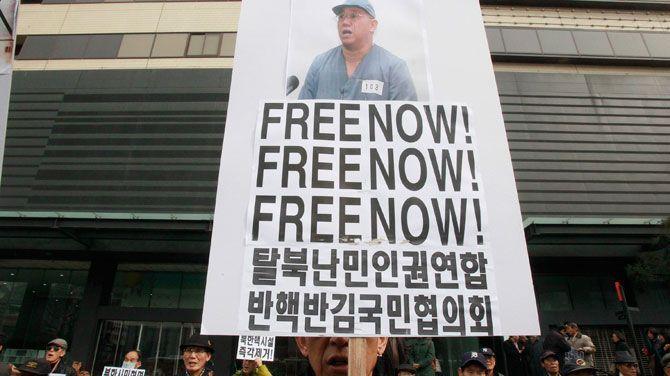 """""""Noord-Korea schond en schendt massaal mensenrechten"""""""