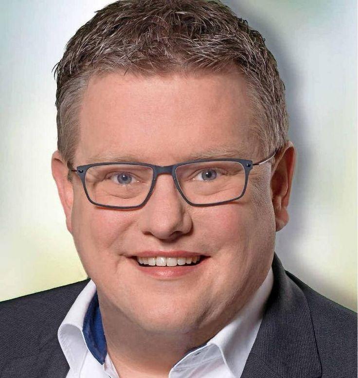 """#CDU #Sulzbach   #Gewinnen #Sie #mit uns! #CDU #in Sulzbach/Saar  Neuigkeiten     """"CDU #im Dialog"""" #mit #Markus #Uhl #am 27. #Juni 2017Markus UhlSulzbach/Neuweiler: #Der #Stadtverband #der #CDU #Sulzbach #setzt #seine Veranstaltungsreihe #CDU #im #Dialog fort.&13; #Die #naechste #Veranstaltung #findet #am #Dienstag, #dem 27. #Juni #um 19:00 #Uhr #im Clubheim #des #FC #Neuweiler #statt. #Wir #freuen #uns #sehr, #dass #unser #Kandidat http://saar.city/?p=66047"""