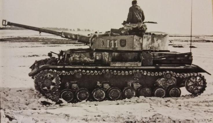 Panzer IV Ausf H N°I11 Stabskompanie I/Pz.Rgt. 35. Kowel area 1944.