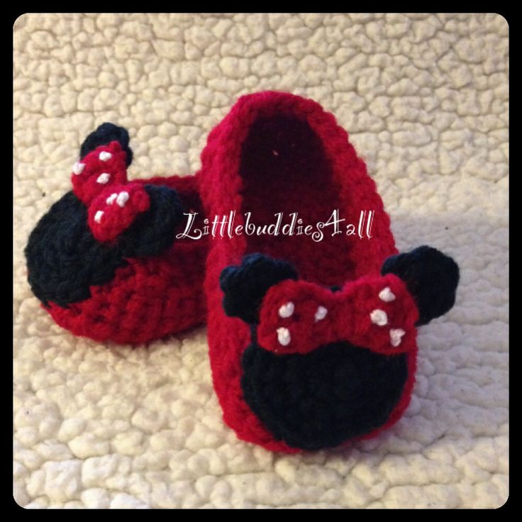 Free Crochet Pattern Minnie Mouse Shoes : 1000+ images about Crochet on Pinterest Crochet baby ...