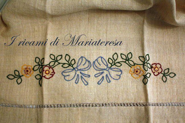 Asciugamano punto palestrina, piatto, erba, lanciato_1 - Dall'album di Mariateresa