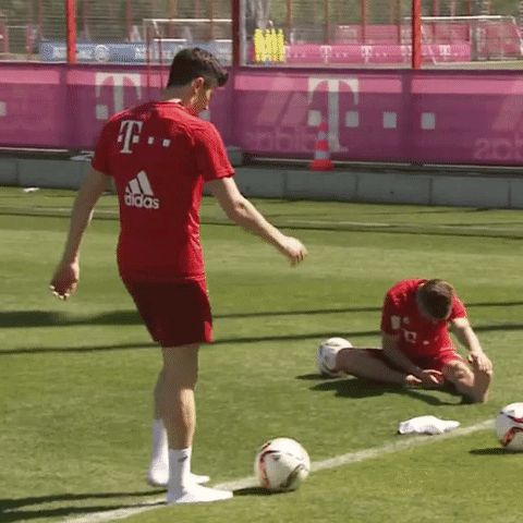 New trending GIF on Giphy. training skills lewandowski robert lewandowski bayern munich fc bayern juggling no boots. Follow Me CooliPhone6Case on Twitter Facebook Google Instagram LinkedIn Blogger Tumblr Youtube