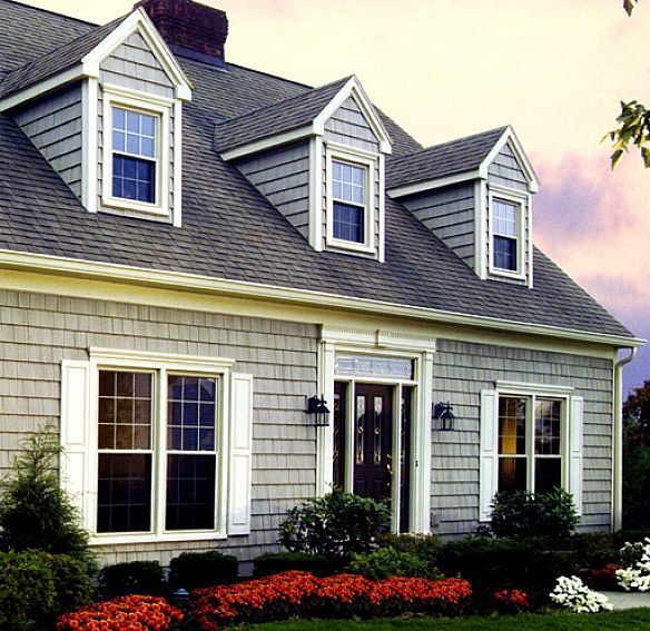 vinyl siding cedar shakes | Shake Siding For A Unique Exterior House Walls: Vinyl Siding Cedar ...