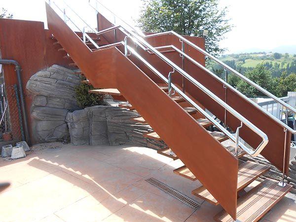 17 melhores ideias sobre Escaleras Metalicas Interiores no ...