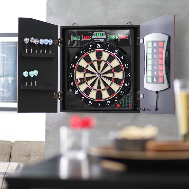 Bullshooter by Arachnid E-Bristle CricketMaxx 5.0 Electronic Dart Board Complete Set - CMX5000