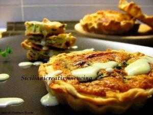 Quiche di asparagi con crema al formaggio e curry